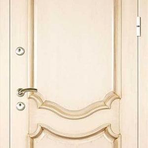 Дверь из массива DR334